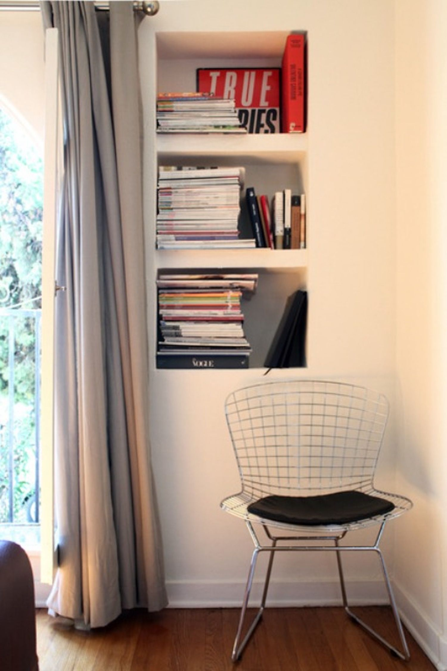 Built-In Recessed Book Storage — Roommarks