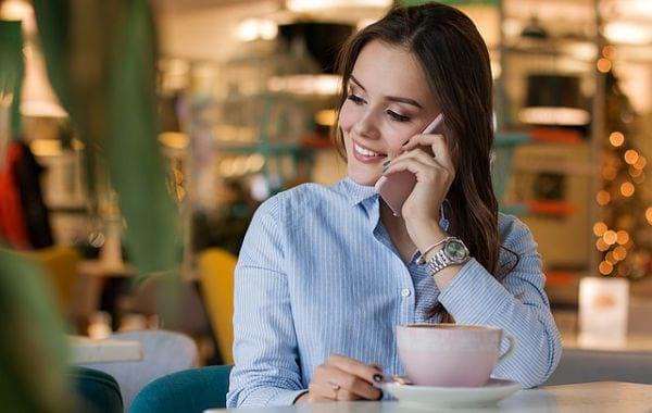 Passa a Tre online, offerte mobile a metà prezzo (3 contro Iliad ...