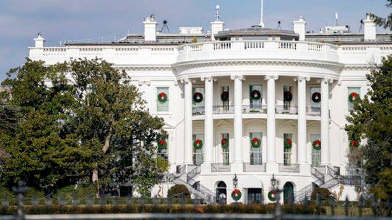 Rachel Jackson foi a única primeira dama que não chegou a conhecer a Casa Branca. Andrew Jackson, presidente dos EUA, plantou uma árvore como prova de amor. 190 anos depois, tem de ser cortada. http://observador.pt/2017/12/28/a-historica-arvore-da-casa-branca-que-foi-uma-prova-de-amor-quase-200-anos-depois-tem-de-ser-cortada/