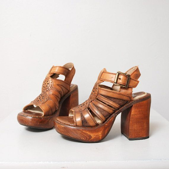0185f3c2ca4a69 r e s e r v e d 1970s Platform Sandals - Brown Leather Wooden Wedge ...