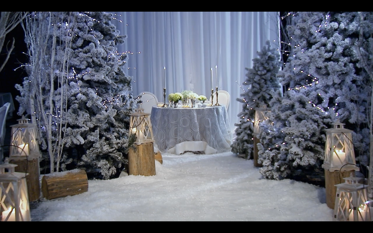 Snow White Winter Wedding Sweetheart Table David Tutera Themed