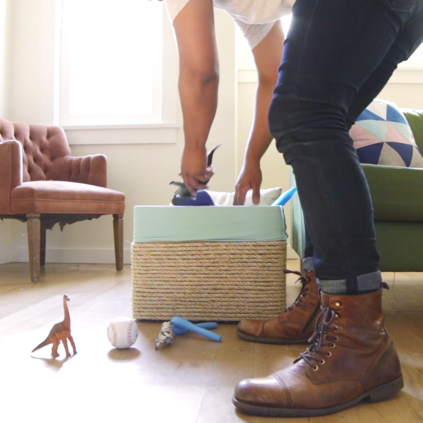 Make A Cardboard Box Look Like A Fancy Store-Bought Basket -   diy Storage baskets