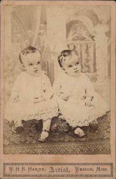twins0018