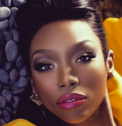 Brandy Now Thats A Face Brandy Norwood Natural Hair Wedding Hair Magazine