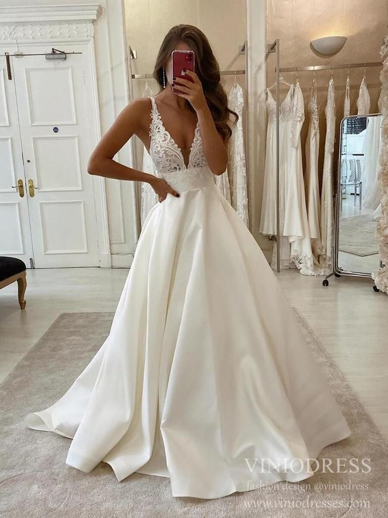 Simple Minimalist Wedding Dresses With Pocket Satin Bridal Gown Vw1550 Backless Bridal Gowns Wedding Dress Trends Dream Wedding Dresses [ 1024 x 768 Pixel ]