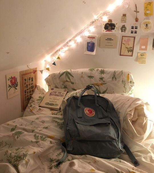 softings // marianafacendo Aesthetic bedroom, Aesthetic