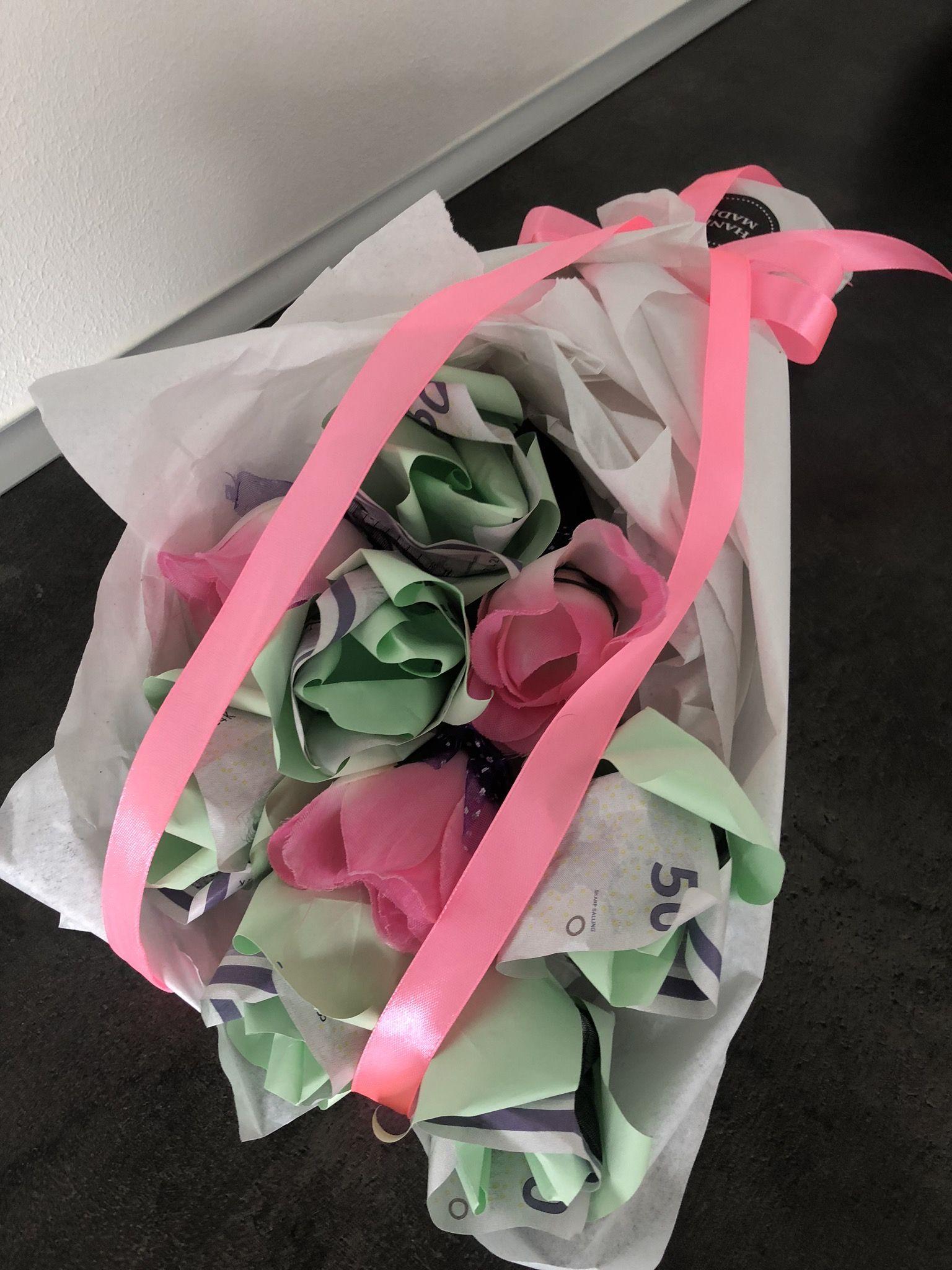 Pin af Nuggi på Sjove gaver.... Sommer blomster