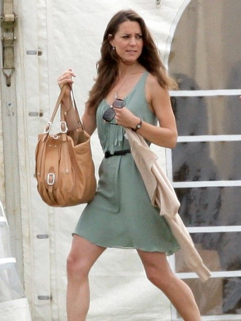 A Terrific Tan Tote  While watching her fiance Prince William and Prince Harry play polo in England, Kate Middleton sported a neutral tote bag adding the finishing touch to her polished look.