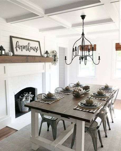44 Stunning Farmhouse Dining Room Table Decor Ideas images