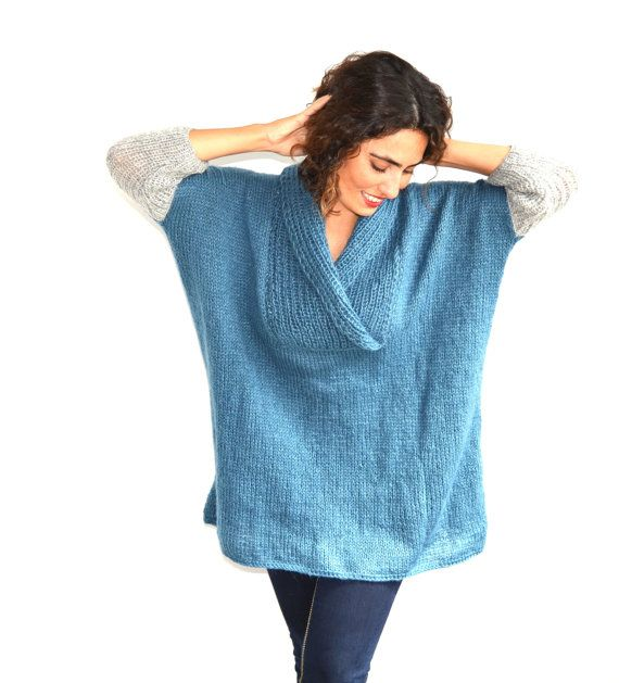 Plus Size Hand Knitted Sweater Blue Poncho Tunic Dress por afra