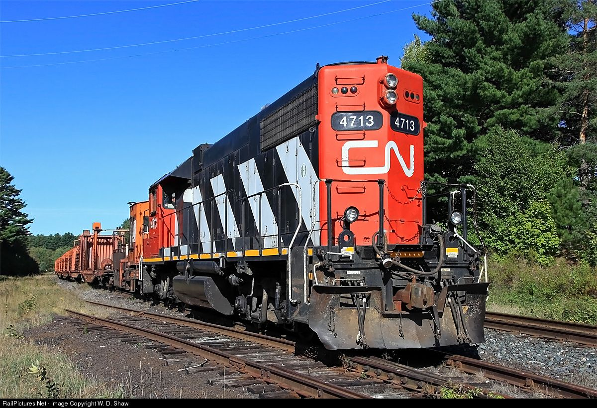 CN Work 914 - a CWR train headed up by a GP38-2 long hood forward - is seen here holed up at Martins after using up their allotment of rail the previous few days along the northern parts of the Newmarket Sub.