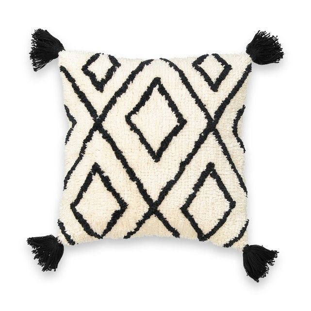 .This geometric-style cushion cover is finished with corner tassels and a fluffy feel for comfort and style. Features • Square cushion cover • Zip fastening • Corner tassels Product Details • Material: 100% cotton • Dimensions: W40 x L40cm • Product range: CALI • Brand: La Redoute Interieurs