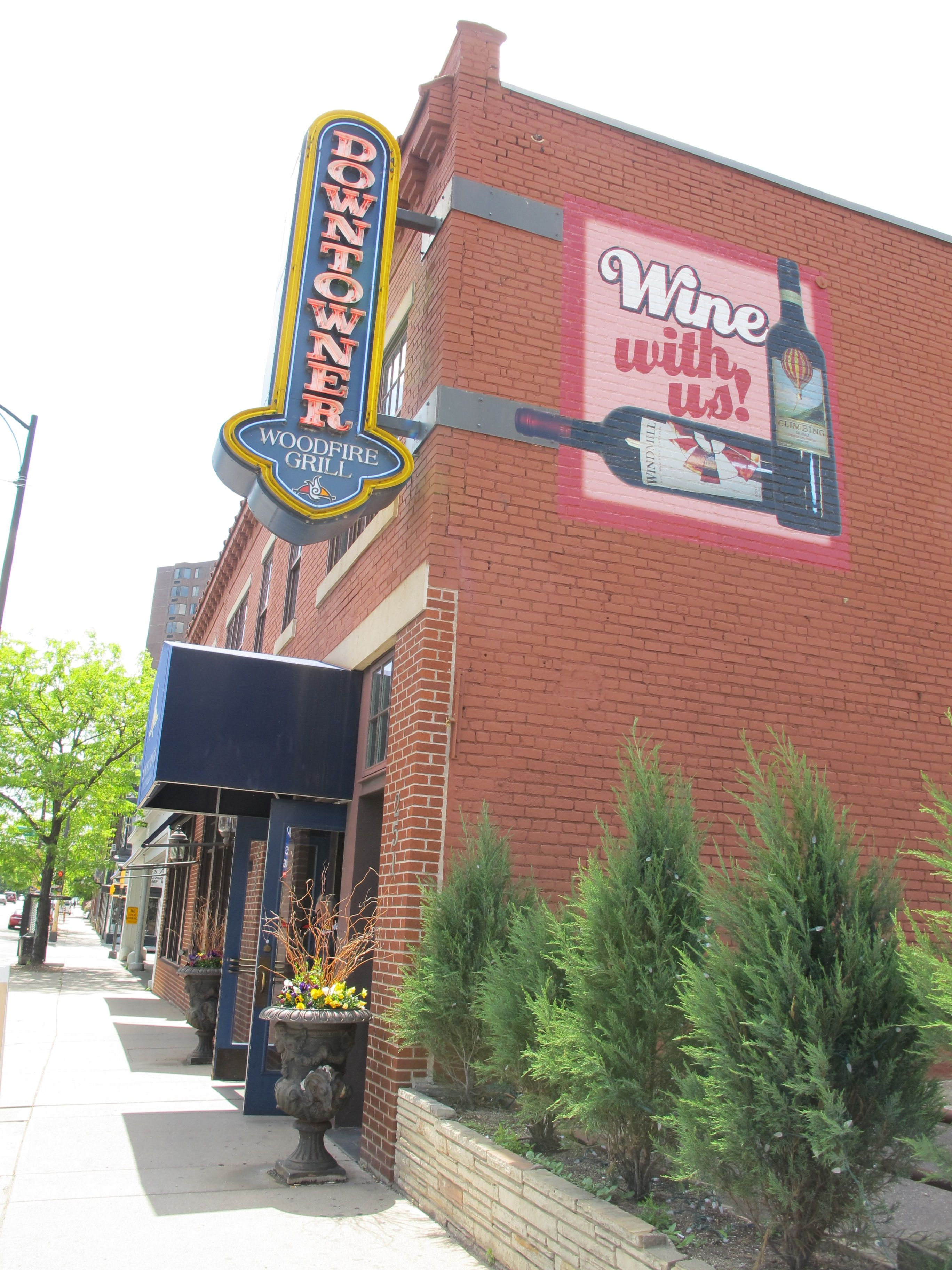 Downtowner Woodfire Grill Minnesota Saint Paul Restaurant Wordpress Themes