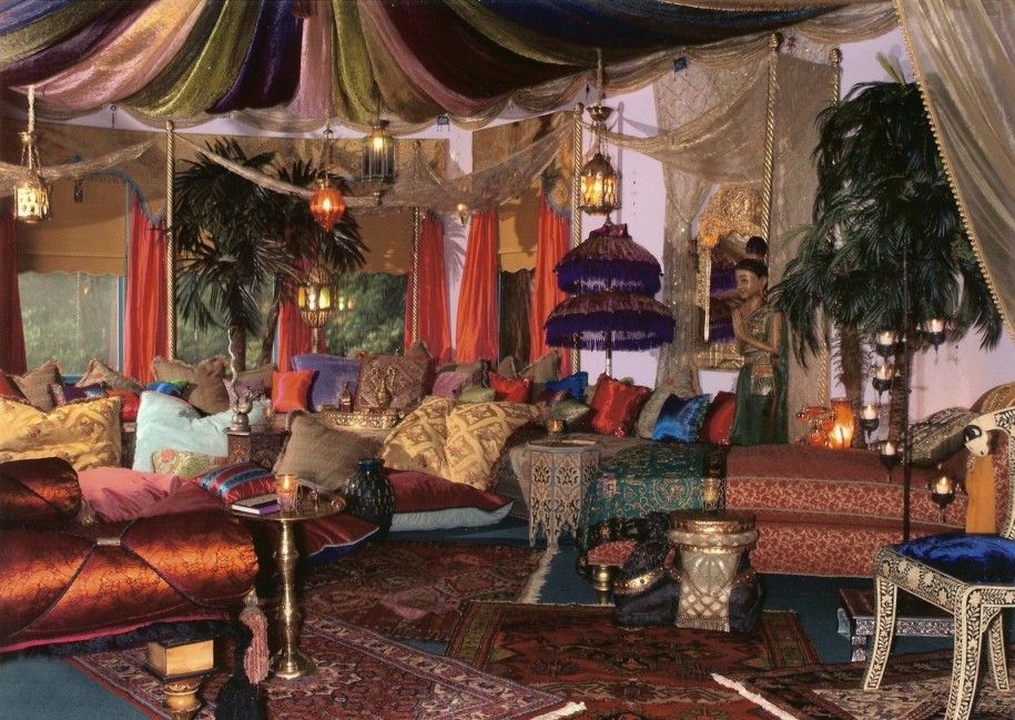 Gorgeous Moroccan Bedroom Theme with Glaring Colorful Furniture