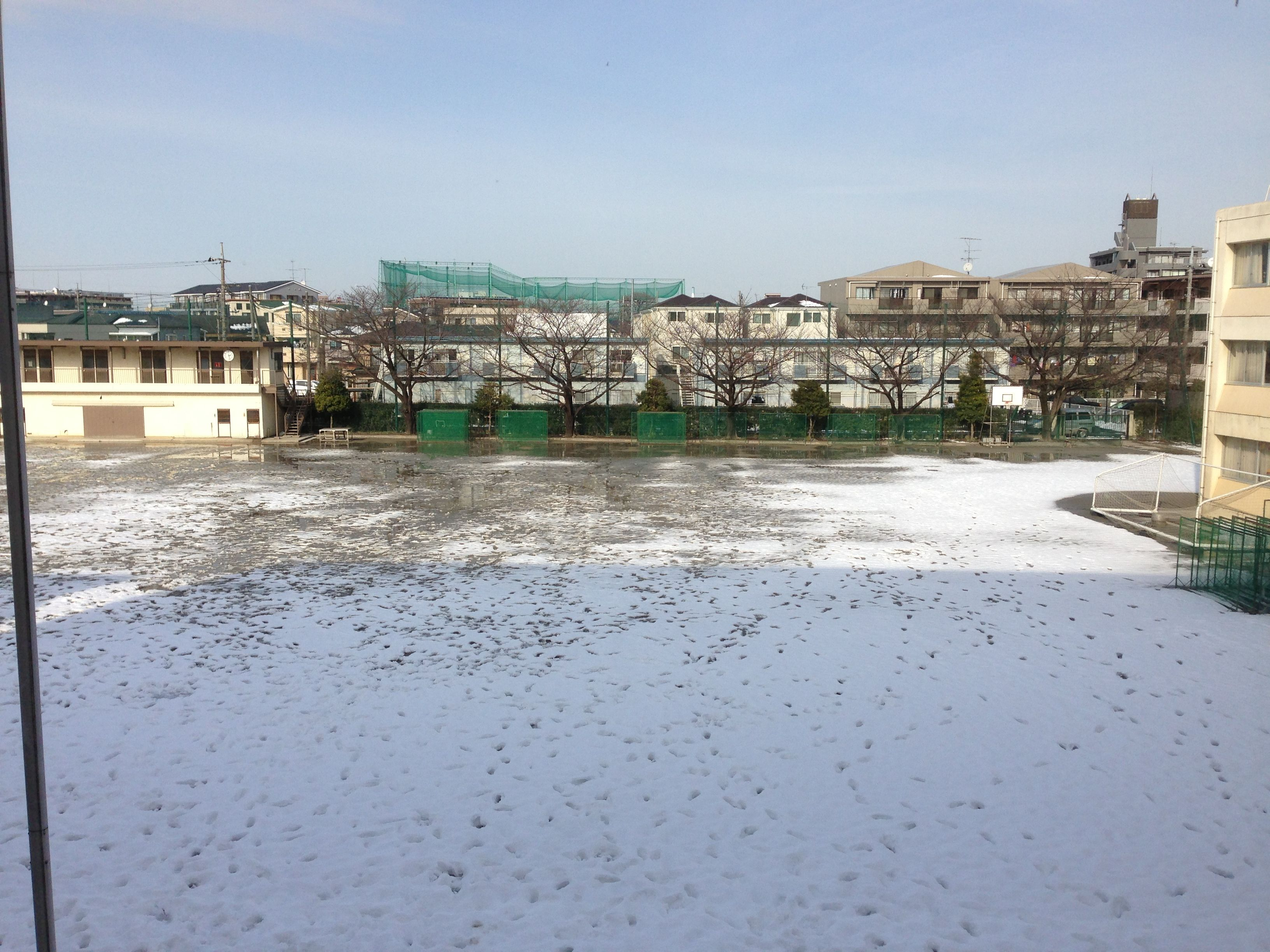 The view of a junior high school's courtyard two days after the snow storm of 2014.