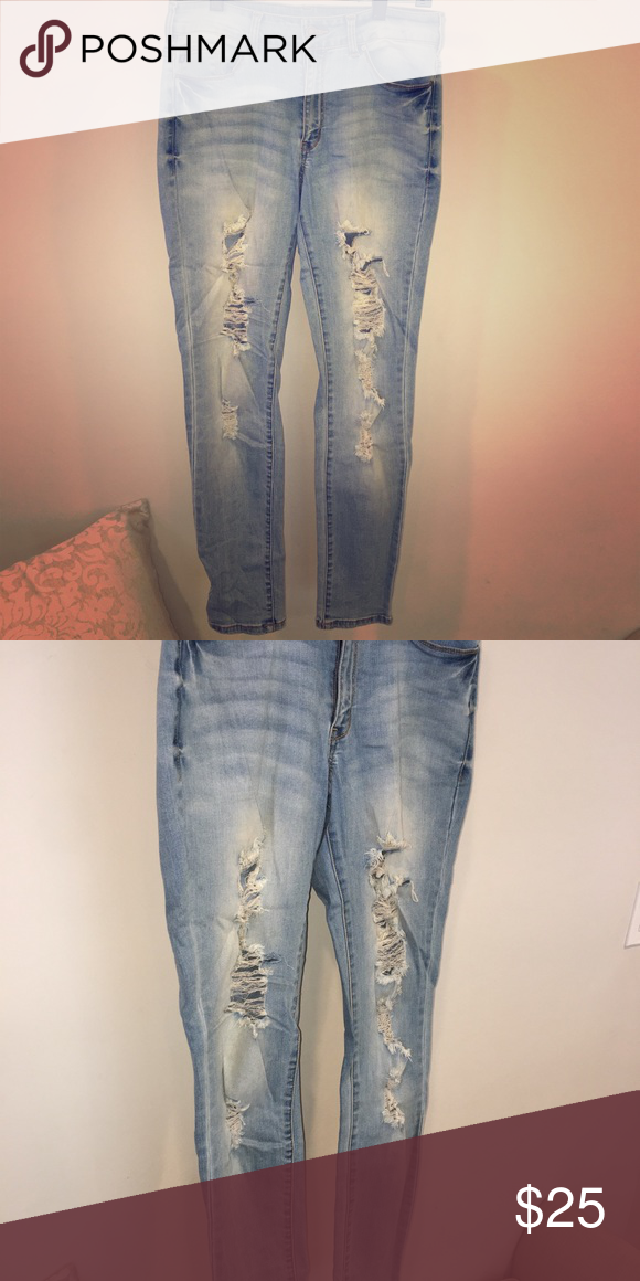 cdb683a1c5674 Kan can light wash maternity jeans Great tight fit and super soft KanCan  Pants Skinny