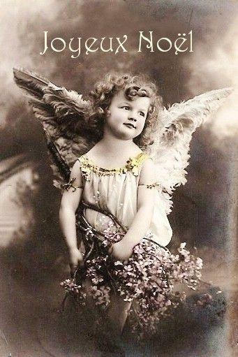 ♔audreylovesparis — vintage postcard