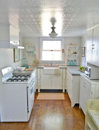 Lori And Her Blog Frugal Farmhouse Design Always Manage To WOW Us - Semi flush kitchen lights