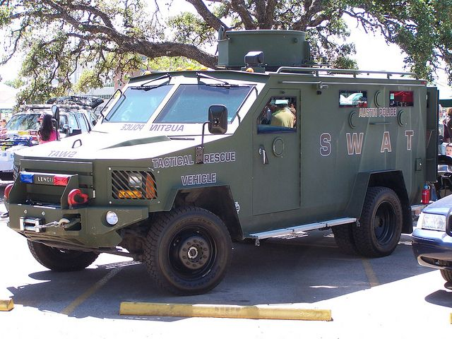 Austin Tx Pd Swat Truck Police Truck Army Vehicles