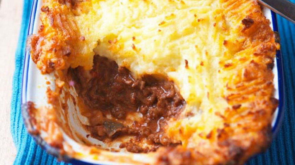 Quick And Easy Cottage Pie | Dinner Recipes | GoodtoKnow