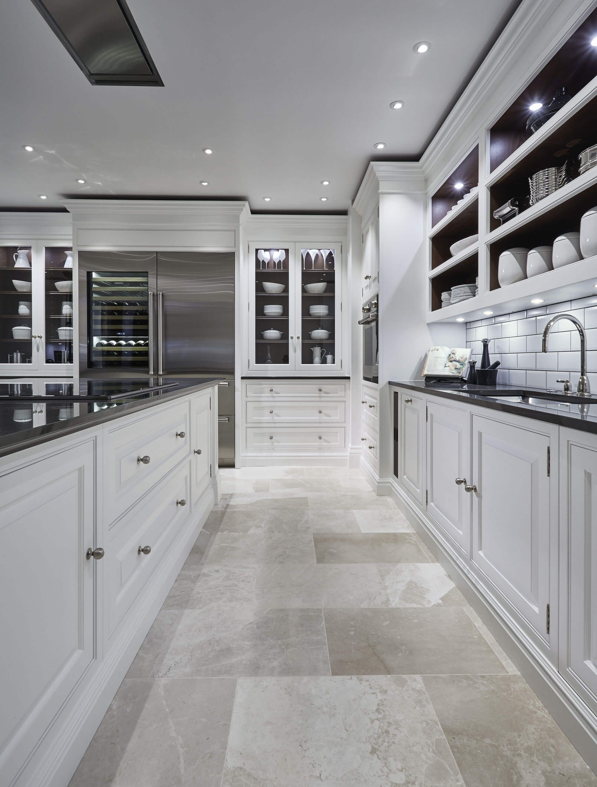Grand Kitchen, Luxury Kitchens, Modern