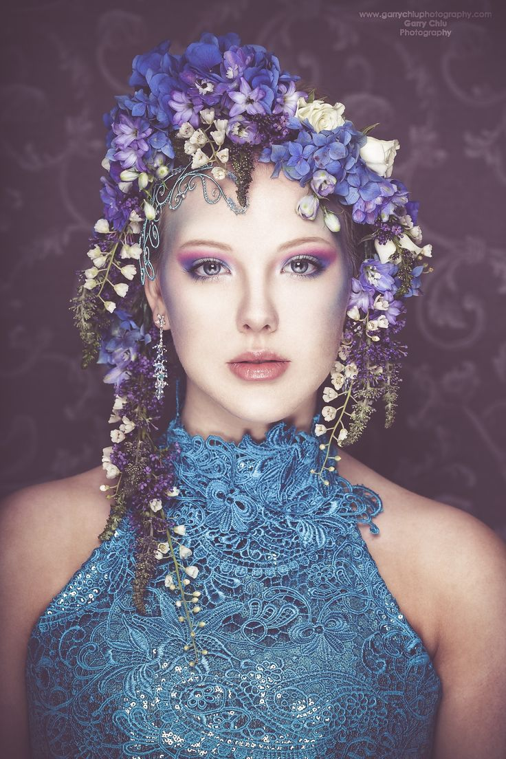 Flowers and Lace ~ LADY of the MANOR