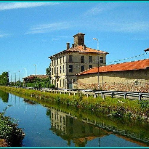 scorcio sul Naviglio Pavese.... foto gabricos  #milano #milanodavedere