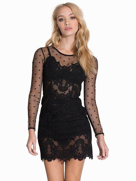 ida sjöstedt svart klänning