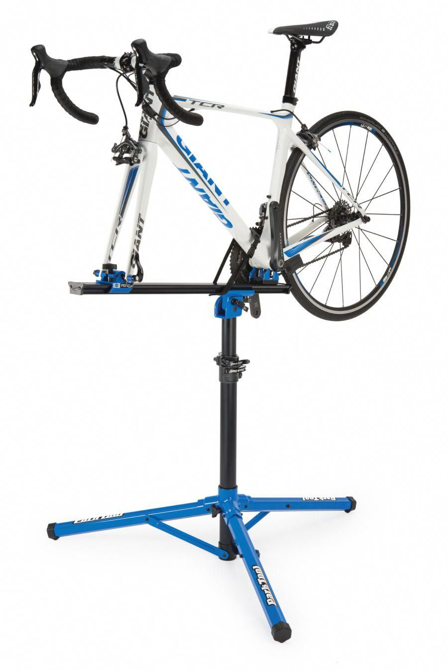 Prs 22 2 Team Issue Repair Stand Park Tool Bikerepairstand Bike Repair Bike Repair Stand Bicycle