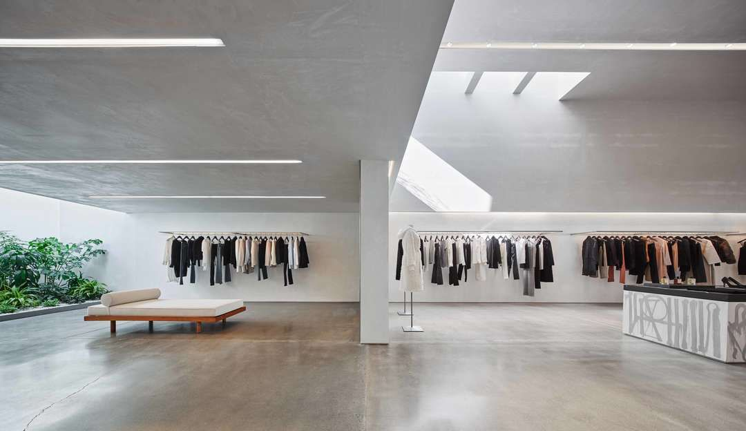Beautiful Concept Design For Fashion Brand Helmut Lang Hollywood