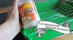 5 astuces de grand m re pour nettoyer son fauteuil en - Nettoyer canape tissu bicarbonate de soude ...