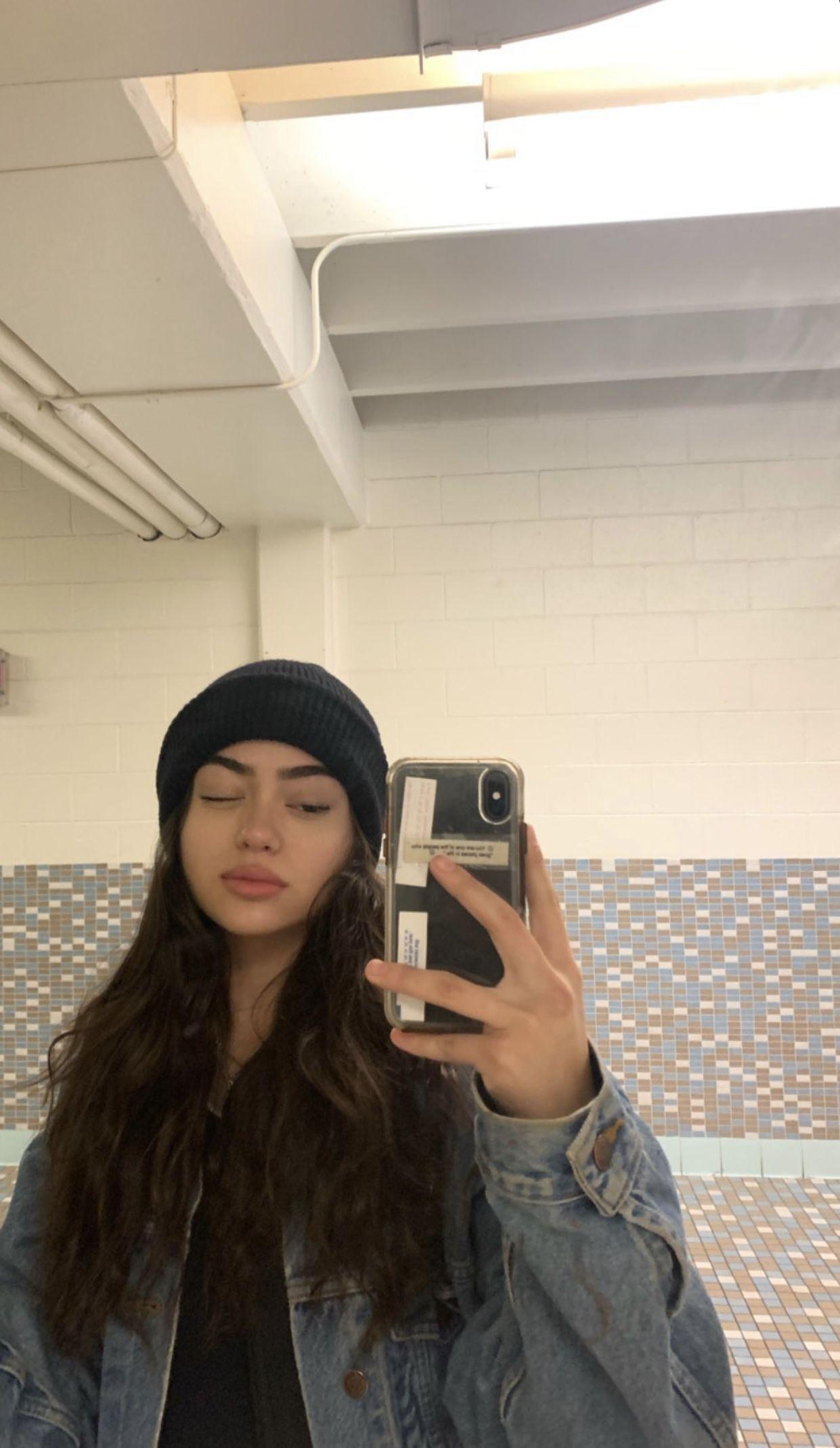 Girl image by okboomerrr on instagram in 2020
