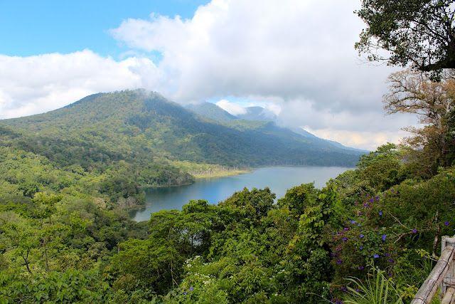 Beautiful lakes Danau Buyan und Tamblingan (Bali)   Sonne & Wolken
