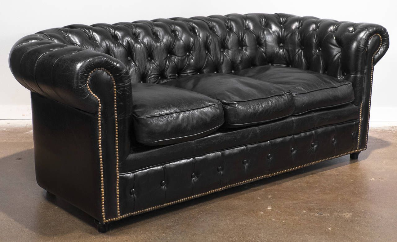 Vintage Black Leather Chesterfield Sofa 3