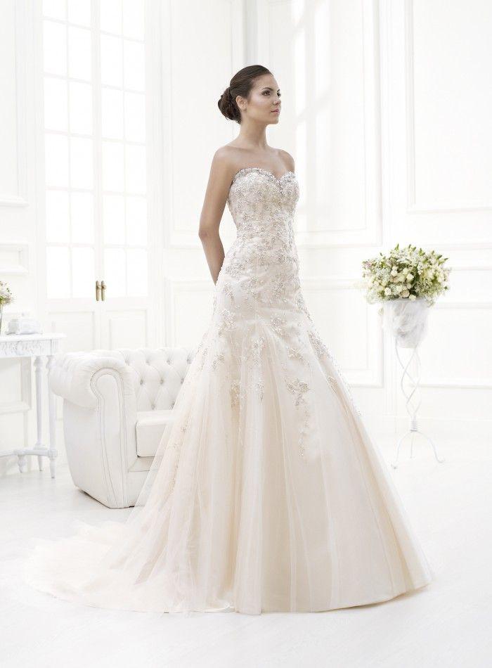 modelo elegancia, 1.190 €. #vestidosdenovia #vertizegala #privée