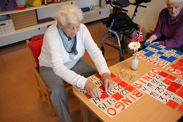Reidun spiller bingo