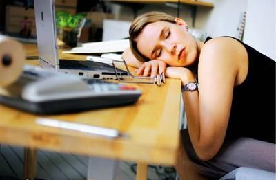 Disturbio do sono pode ter inicio na adolescencia.
