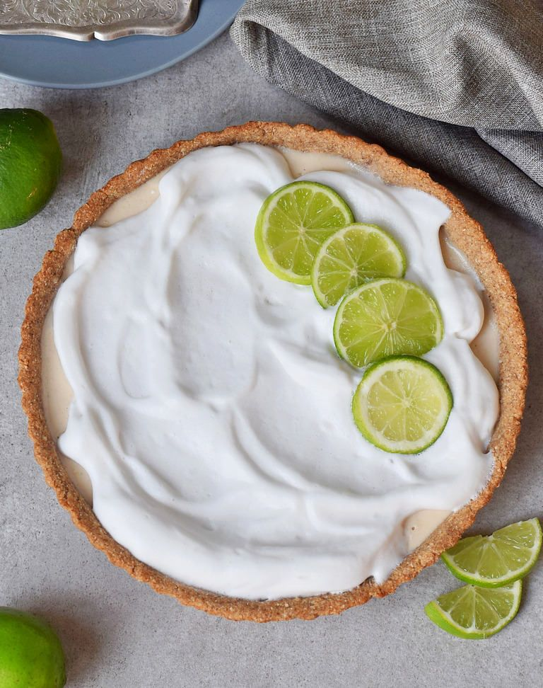 This Vegan Key Lime Pie Is A Delicious Light And Tangy Dessert The Recipe Contains Only 8 Ingredie Food Videos Desserts Vegan Key Lime Pie Yummy Food Dessert