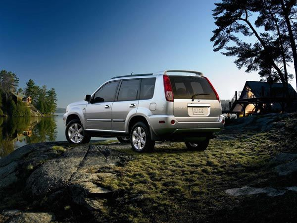 15 Canadian Cars You Can T Buy In The U S Nissan Xtrail Crossover Suv Nissan
