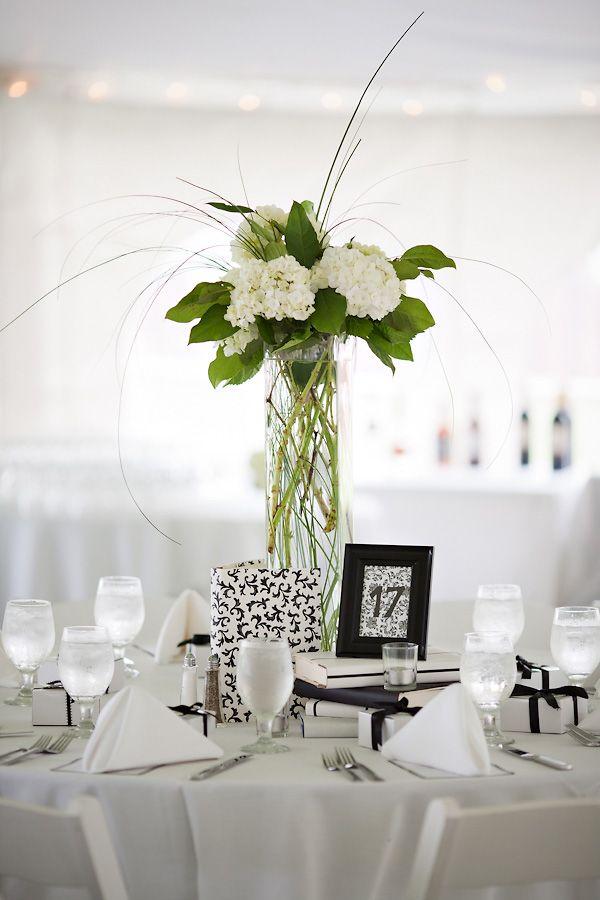 tall hydrangea centerpiece flowers wedding centerpieces wedding rh pinterest com
