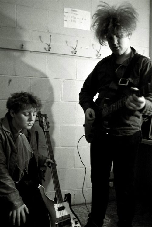 Cocteau Twins: Elizabeth Robin, 14th April 1983. Photo © Martin Whitehead.  | Cocteau twins, Music bands, Post punk