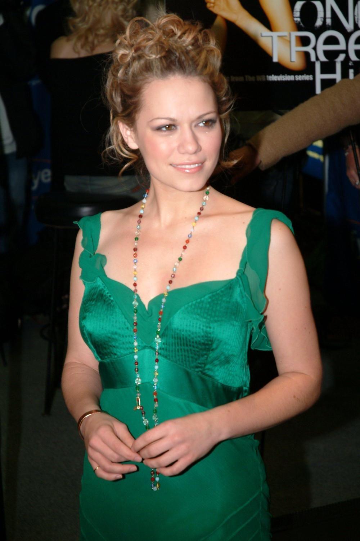 Green dress bethany joy lenz