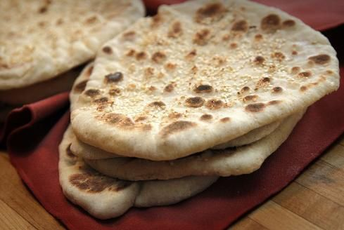 Flatbreads: wrap up your favorite fillings in these #stribtaste #dinner #baking