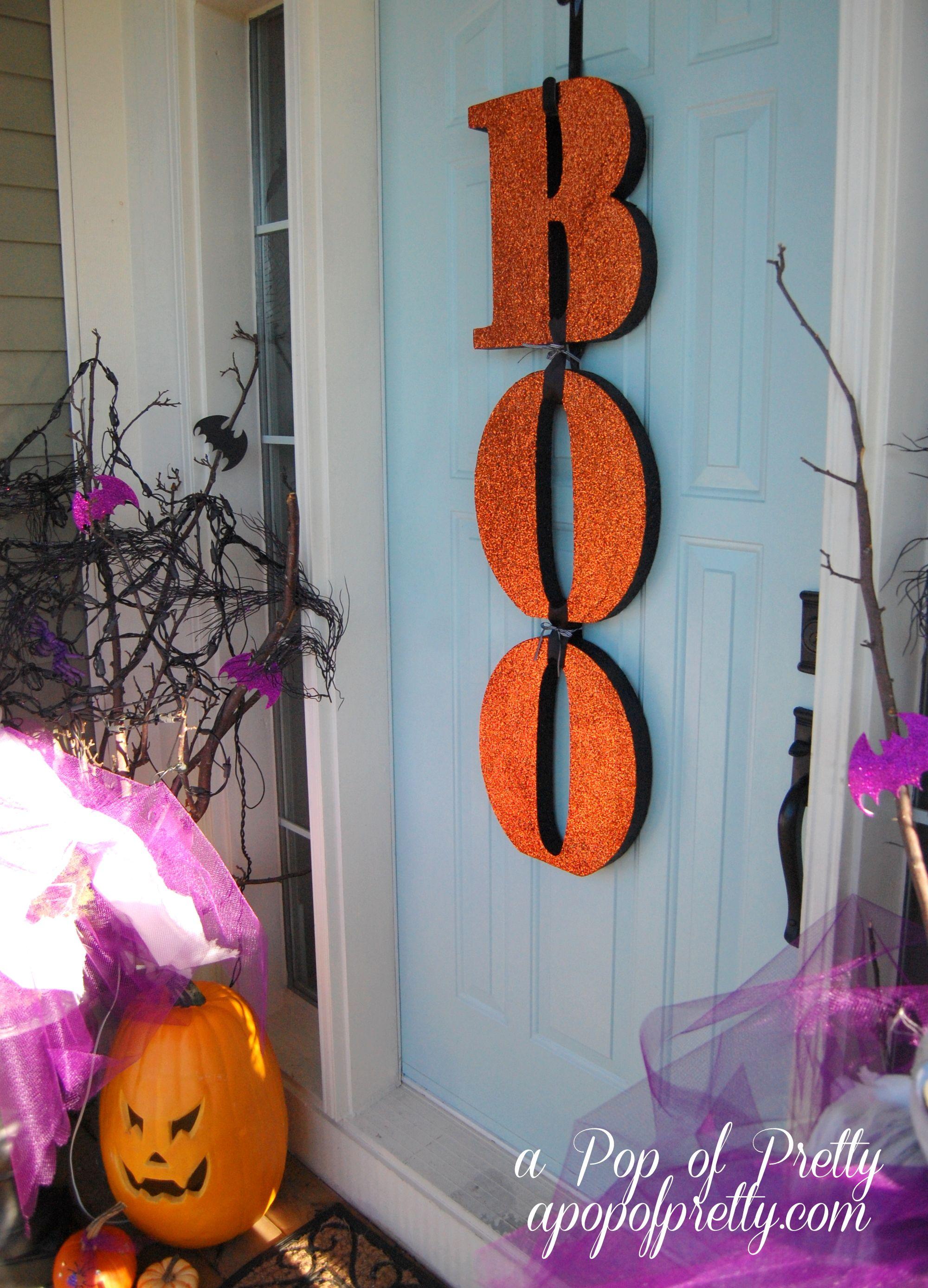 A Year of DIY Wreaths / Door Decor {How to make a wreath for any season - halloween front door decor