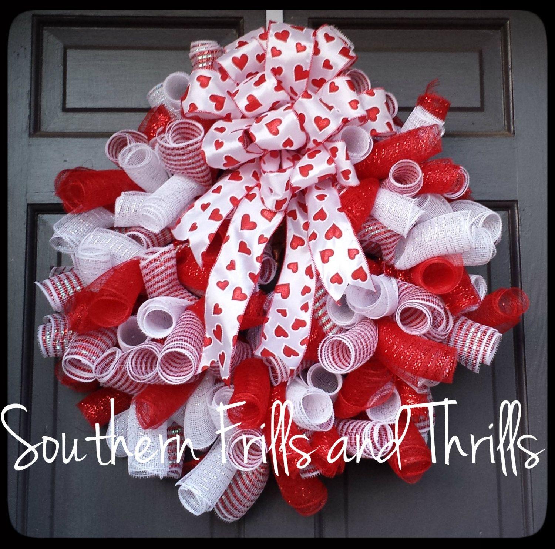 valentine deco mesh wreath valentine 39 s day wreath curly q wreath valentine wreath deco mesh. Black Bedroom Furniture Sets. Home Design Ideas