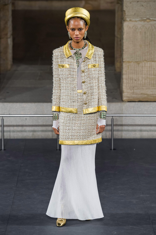 Новая коллекция Chanel Couture осень-зима 2019-2020 в Париже в 2019 году