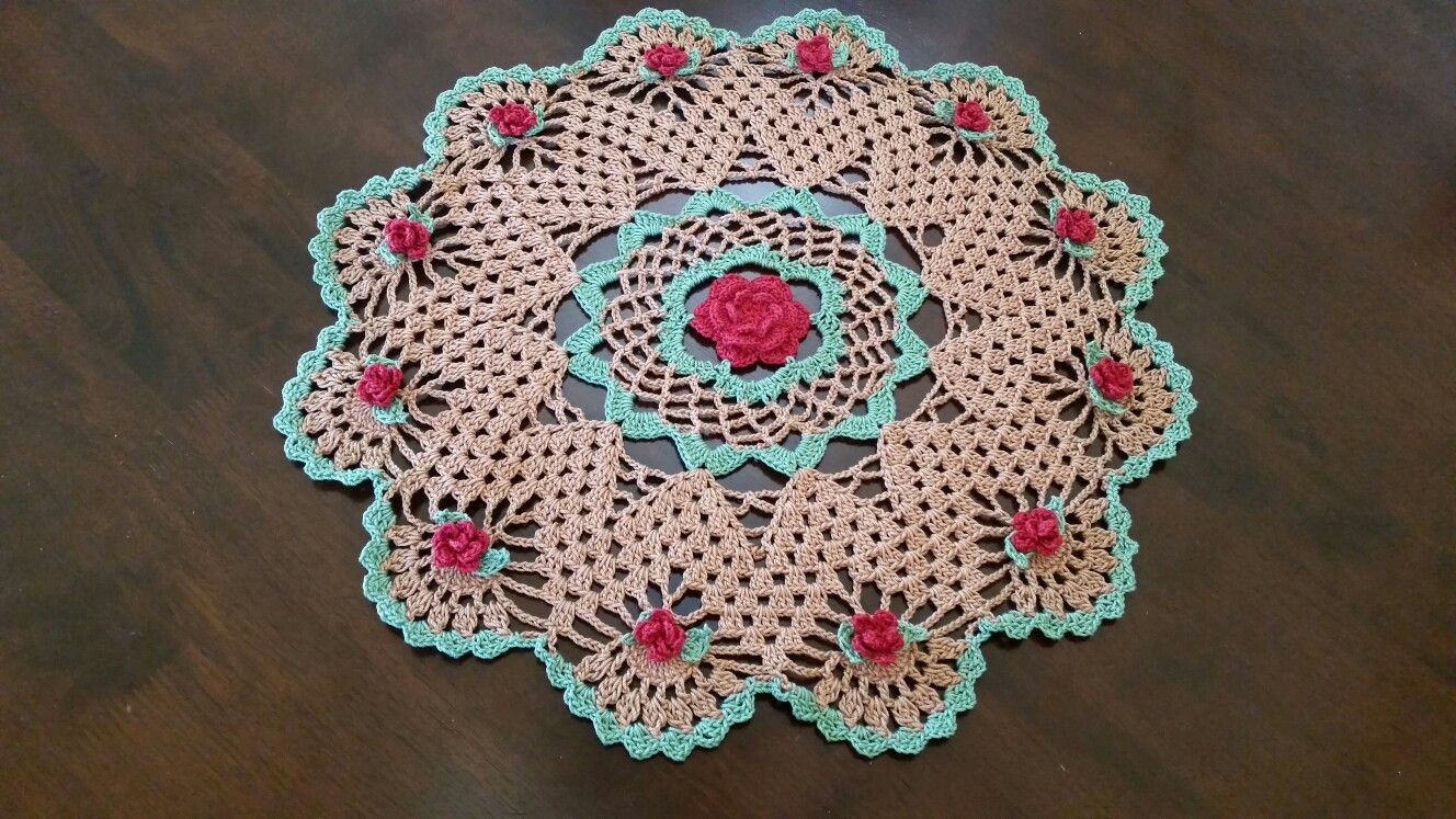 Thank you Bella Crochet for this beautiful Mavanees Roses pattern ...