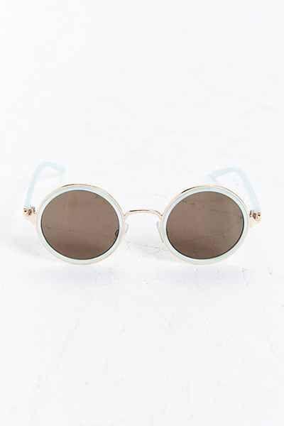 170b86e8a25d5f Lunettes de soleil en T rondes en métal et en plastique   Vêtement ...