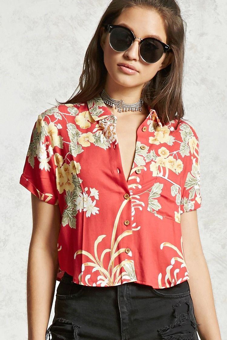 3940cbaec5b A woven shirt featuring an allover crane print, cropped hem, button  placket, basic collar, chest patch pocket, curved hem, and short cuffed  sleeves.