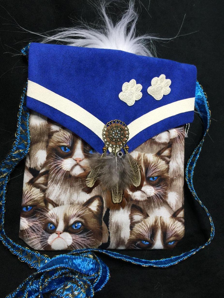 """Grumpy Kitty"" Cross Body Bag Grumpy cat, Love pet"